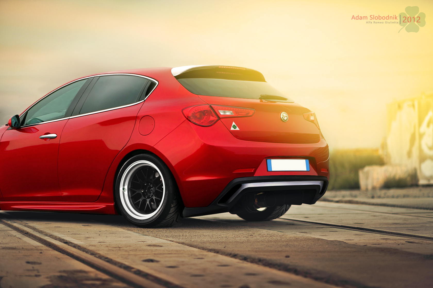 alfa romeo giulietta pictures posters news and videos on your pursuit hobbies interests. Black Bedroom Furniture Sets. Home Design Ideas